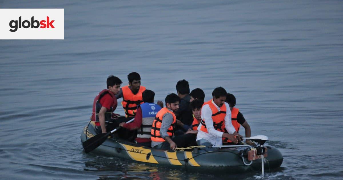 Pri pobreží Tuniska sa utopilo najmenej 11 migrantov. Po ďalších nezvestných osobách sa pátra   Glob.sk