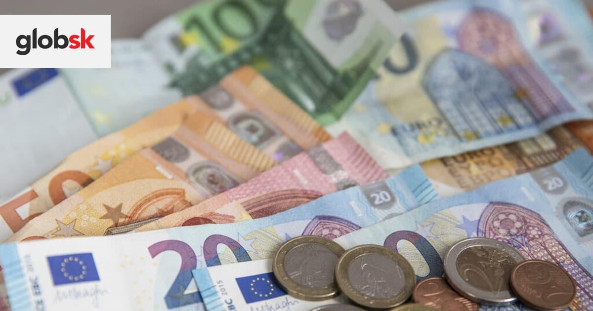 Poslanci okolo Pellegriniho žiadajú rast minimálnej mzdy a 13. dôchodky | Glob.sk