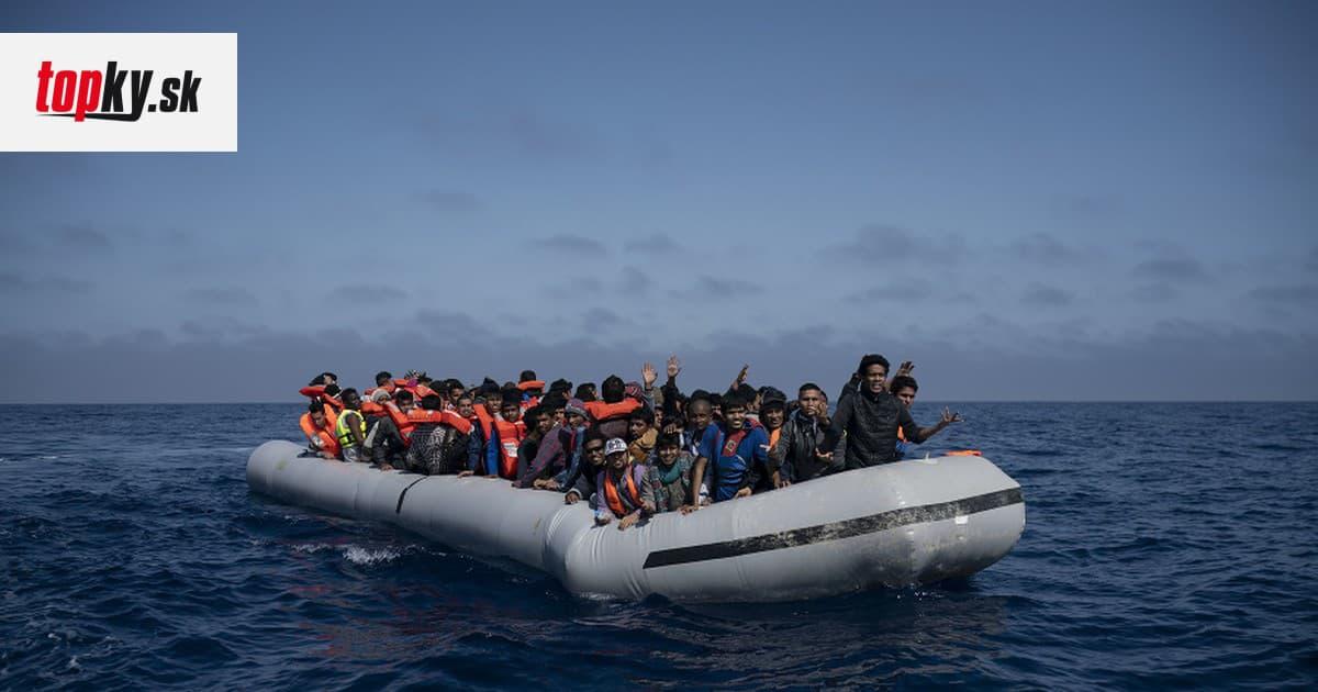 OSN varuje pred možným nešťastím: Takmer sto migrantom hrozí utopenie v Stredozemnom mori | Topky.sk