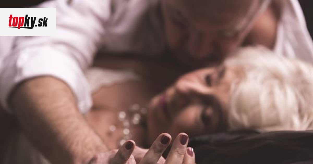 manželka análny sex Análny sex s remienkom na