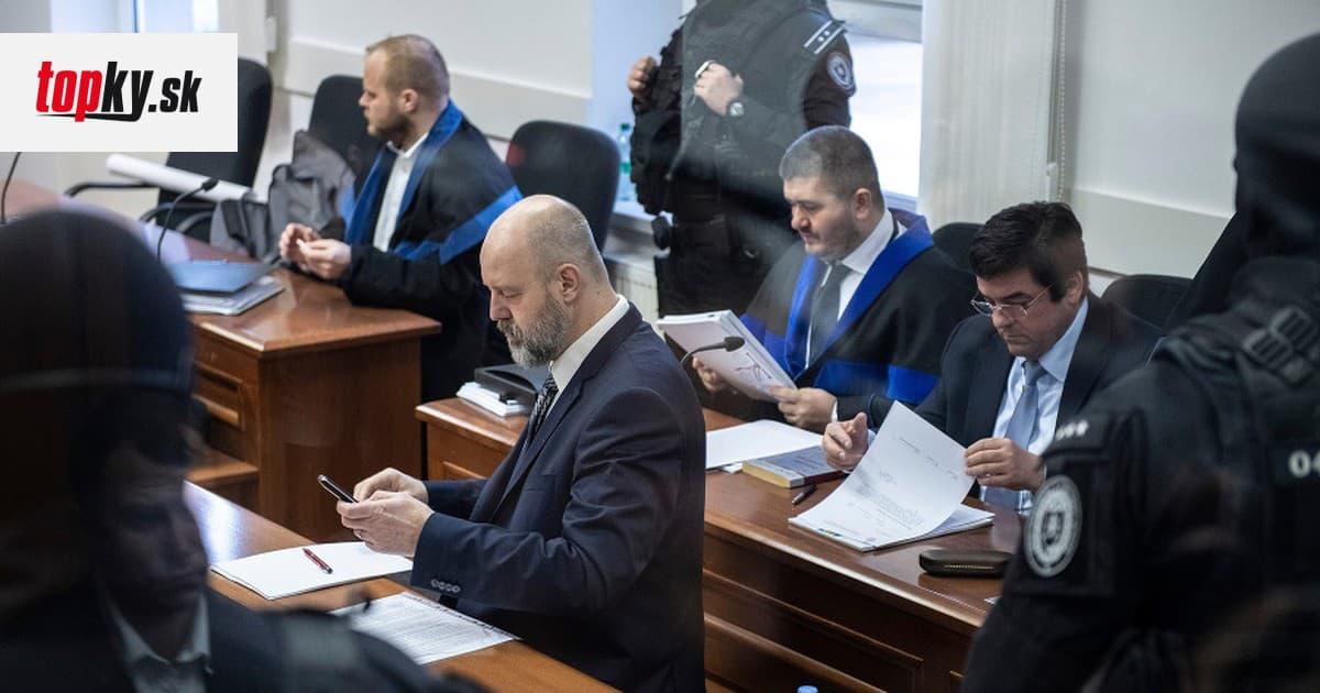 ONLINE Na súde sa prednášajú záverečné reči! Rusko by nás zachránil aj pred koronavírusom, hovorí Šanta | Topky.sk