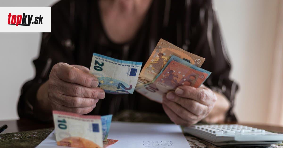Začalo sa vyplácanie 13. dôchodku: POZRITE SA kto a na akú sumu má nárok! | Topky.sk