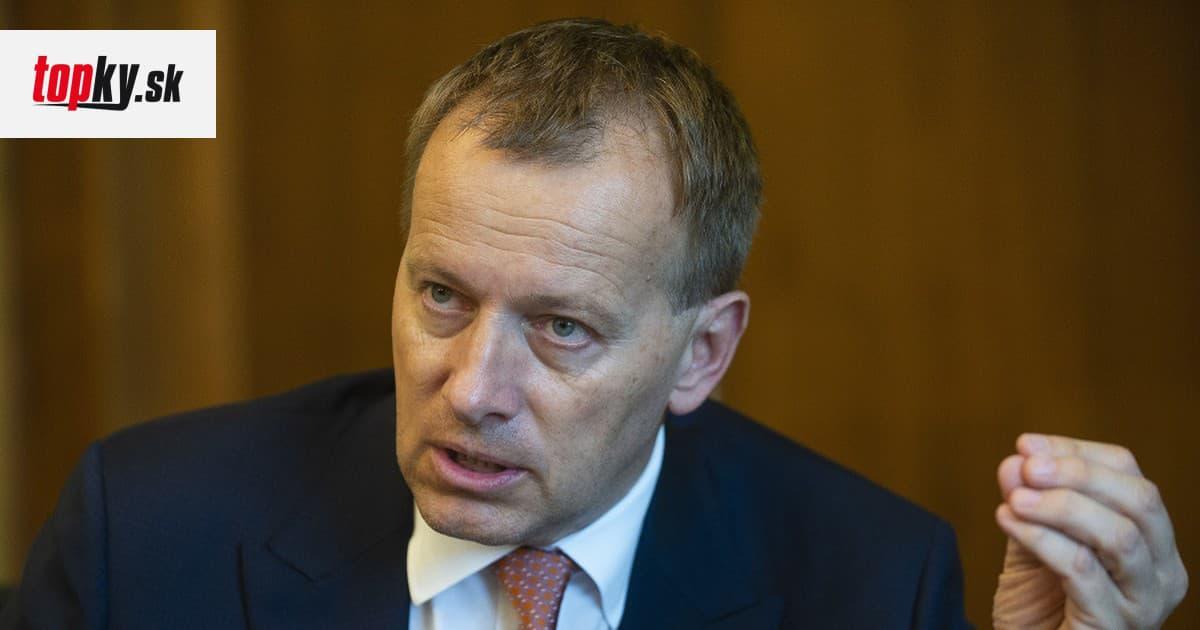Na 13. dôchodky nie sú financie, skonštatoval Kollár: Predostrel iný plán, lieky zdarma pre seniorov? | Topky.sk