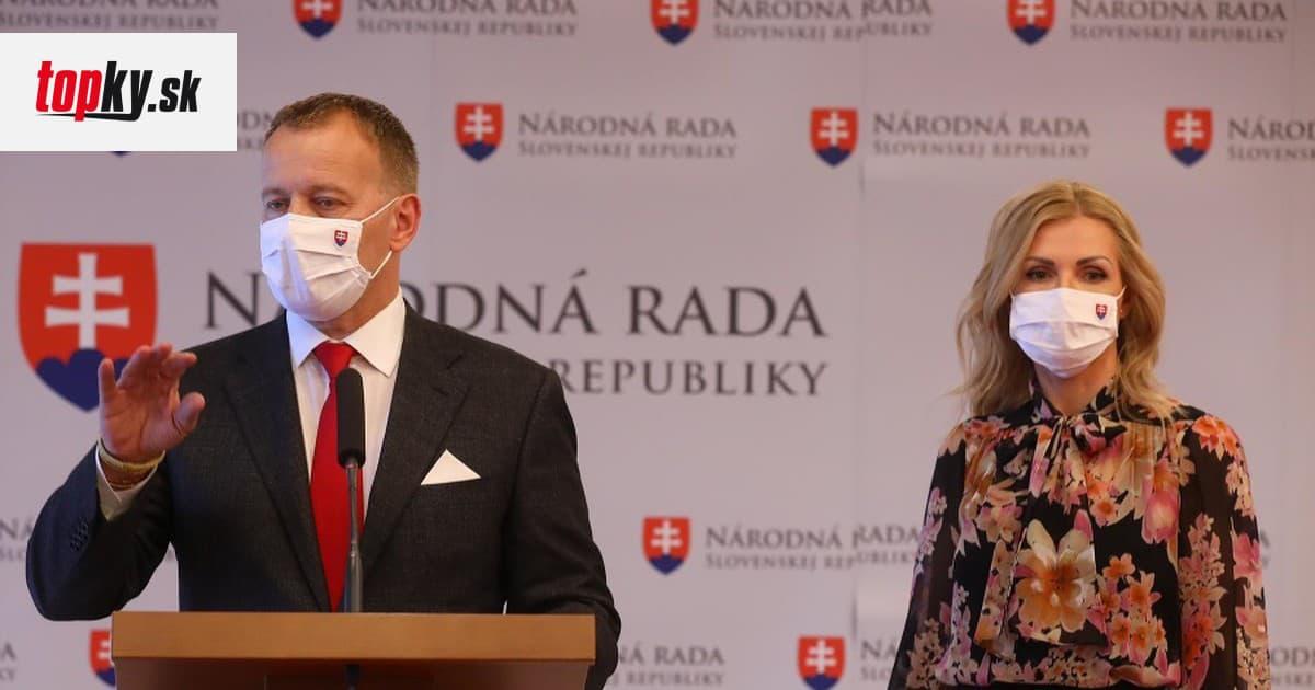 Kauza diplomovka naberá na obrátkach: Beblavý vytiahol na Kollára a Krištúfkovú hlasovanie z minulosti | Topky.sk