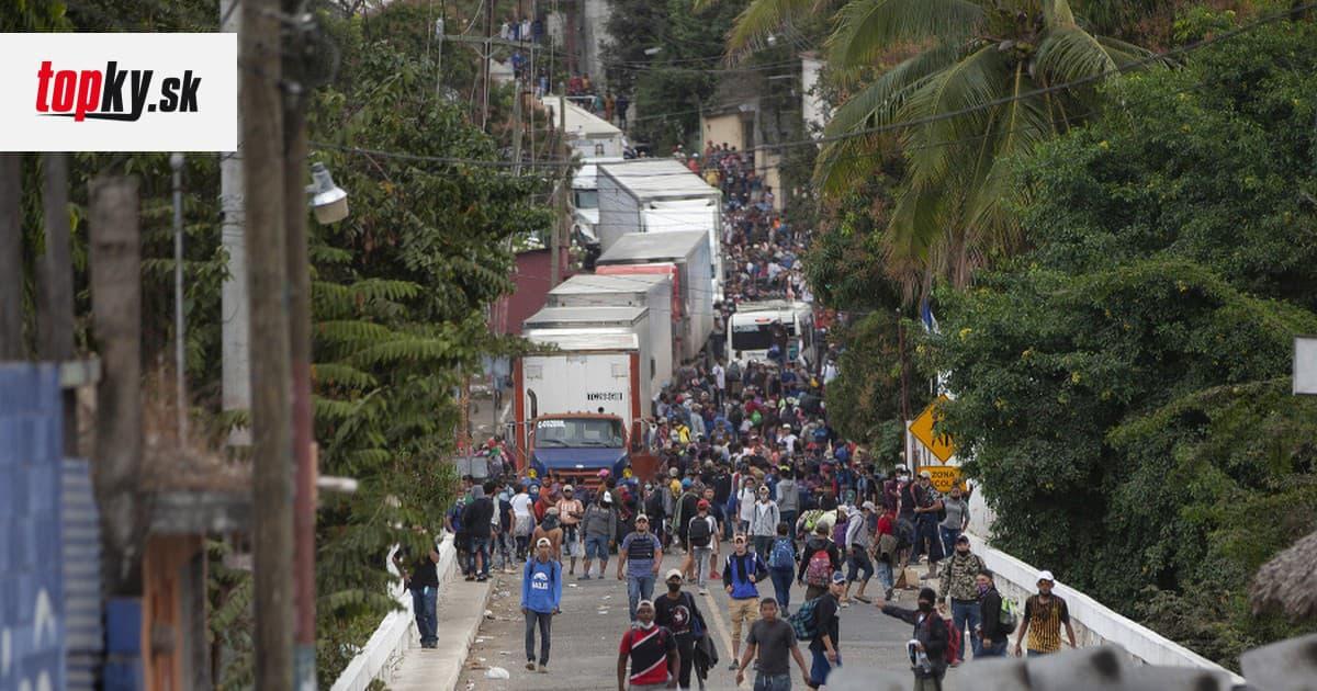 Ozbrojený zásah proti migrantom v Guatemale: Obranné zložky rozohnali migrantov smerujúcich do USA   Topky.sk